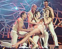 Sonya och dansarna