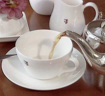 http://www.aftonbladet.se/resor/0406/09/RESA-09s32-teatime-10_368.jpg